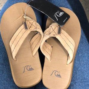 quicksilver boy sandals